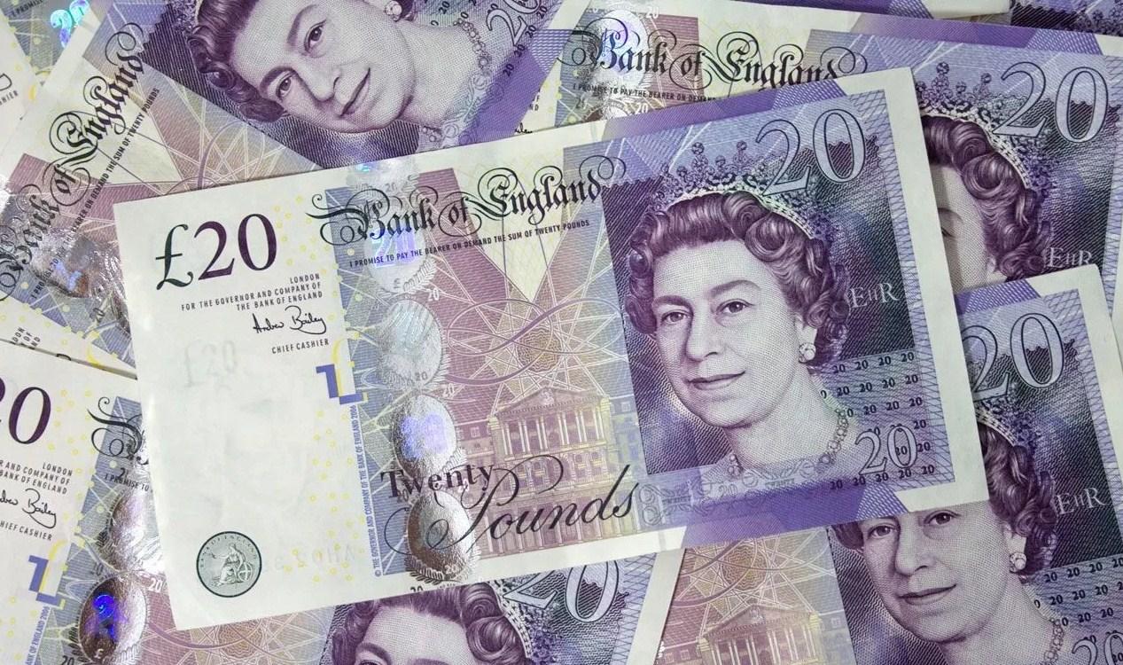 Pound dan Yen Meningkat Karena Penundaan Brexit