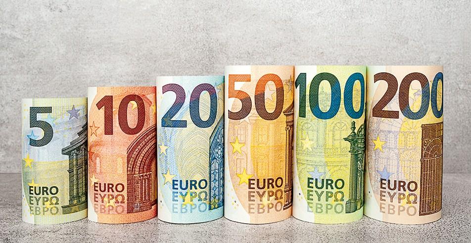 Data Ekonomi Eropa Lemah, Euro Mengalami Penurunan