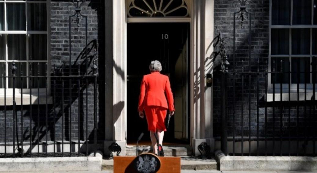 Theresa May Mengundurkan Diri, Pound Semakin Redup