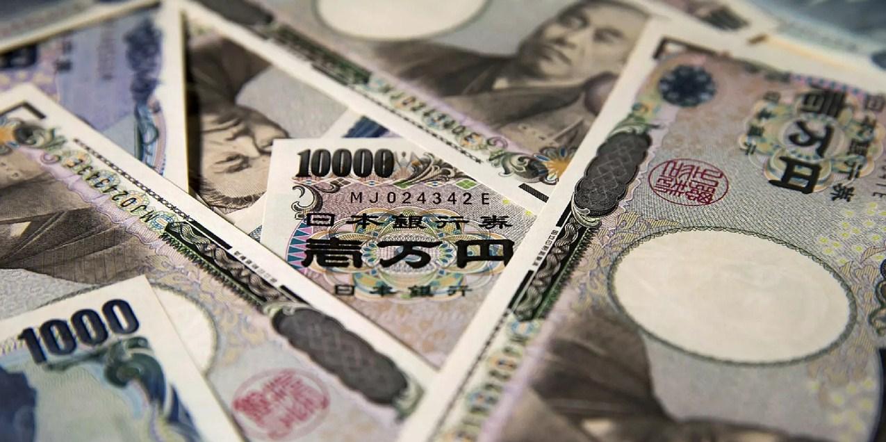 Hari Ini Yen Kembali Ungguli Dolar Amerika Serikat