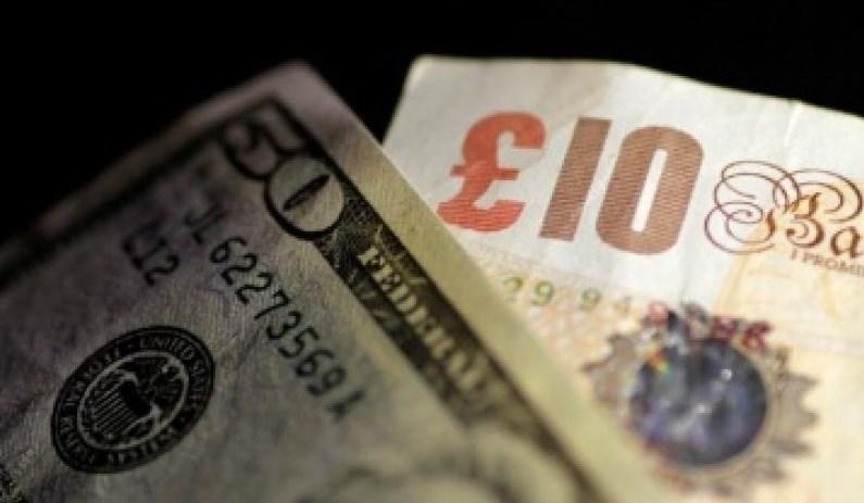 Dolar AS Menguat Di Tengah Melemahnya Poundsterling Akibat Tertekan Brexit