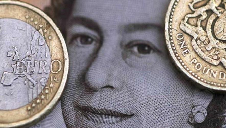 Pound Inggris Stabil, Dolar AS Kurang Sentimen Positif