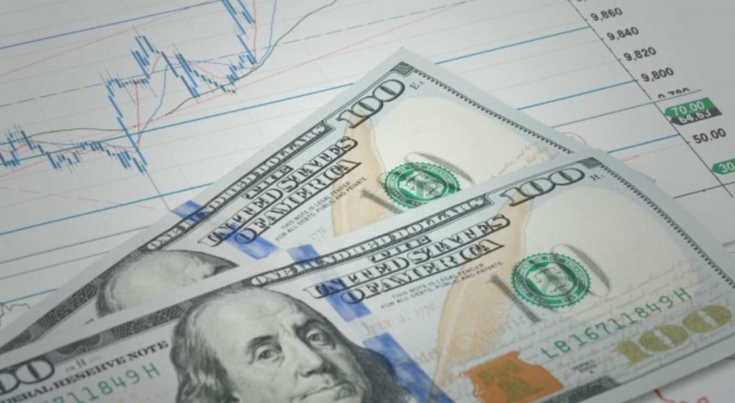Dolar Amerika Serikat Mengeluarkan Sinarnya