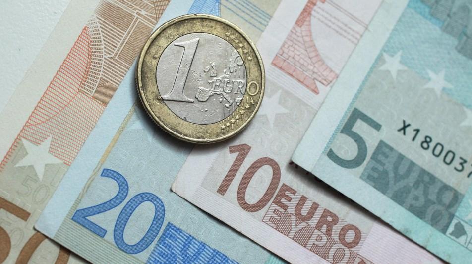 Analisa Harian Forex (EURUSD) 12 Februari 2020