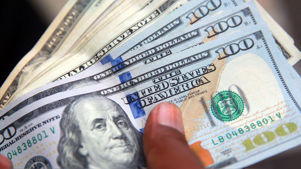 Badai Amukan Dolar Reda, Rupiah Tak Lagi Merah