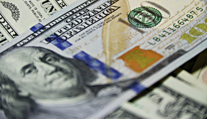 Dolar AS Melemah Tenaga Jelang Pidato Ketua The Fed